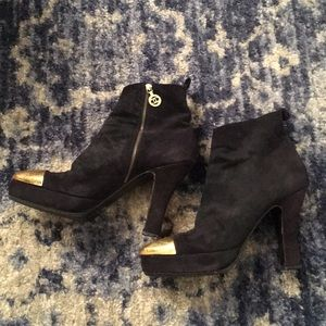 Vintage CHANEL Suede Leather Logo Boots 39